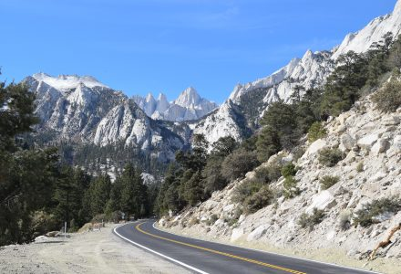 Spectacular Eastern Sierra Nevada Mountains: Drive from Los Angeles to Bishop